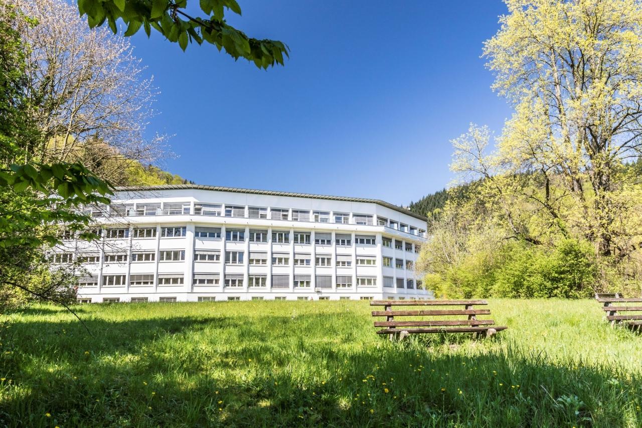 2775-Gebäude Lungenklinik Breisgau (c) BDH-Klinik Waldkirch